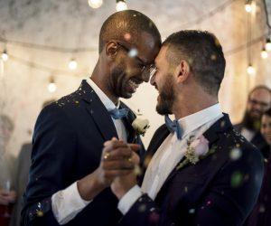 S_Gay_Wedding_P-oolmu0zwx7s80011n17c1v08q69xv3brue2zqb1zgk